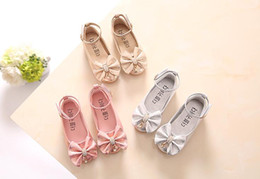 Vêtements En Argent Pas Cher-Le plus bas prix; Princesse Enfants Chaussures Rose / Or / Silvers Bande Soft Sole PU Cuir Mode Bowknot Rhinestone Flower Girls Chaussures