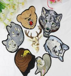 Vente en gros Fer sur des patchs bricolage brodé patch autocollant pour vêtements vêtements badges en tissu couture badge chien loup egale design