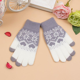 bamboo screening Canada - Wholesale- 2016 New Woman Touch Screen Magic Gloves Unisex Winter Man Knitted Gloves Heart Snowflake Mittens for Mobile Phone Tablet Pad