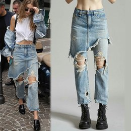 $enCountryForm.capitalKeyWord Canada - Wholesale- Fashion Ladies Cropped Flare Distressed Jeans Women Vintage Fringe Edges Tassels Ripped Jeans Femme Denim Pants with Hole