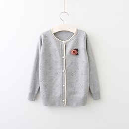 Barato Cardigan De Tricô Para Crianças-2017 Baby Girls Knit Dots Sweaters Kids Girl Fashion Knitting Cardigan Bebês Autumn Button Outwear vestuário infantil
