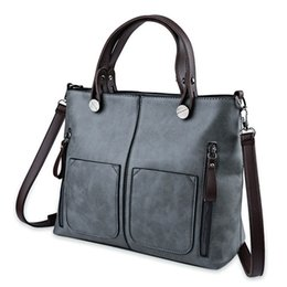 9b0529f8024cd 2017 schwarze Frauen Handtaschen Hohe Qualität Leder Lange Strap Damen Umhängetaschen  Große Kapazität Einfarbig Reißverschluss Taschen