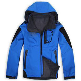$enCountryForm.capitalKeyWord Canada - Outdoor soft shell cashmere Jackets Men 's breathable waterproof fleece soft shell Jackets large yards mountaineering jacket