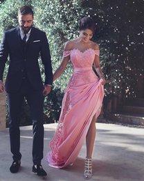 2019 sexy sem encosto off-a-ombro lace apliques A-Line longo da dama de honra vestidos de casamento convidado vestido de dama de honra baratos vestidos de coquetel em Promoção
