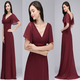 Barato Vestido Curto De Borgonha V-Sob $ 40 Cheap Burgundy Chiffon Bridesmaid Dresses 2017 A Line Manga Curta Low Back Long Evening Evening Prom Vestidos CPS715