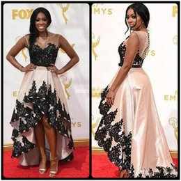 Filles Sexy Taffetas Pas Cher-High Low Robes de bal pour les filles noires 67ème Annual Emmy Awards Porsha Williams Tapis rouge Formal Celebrity Sheer Neck Lace Taffeta 2018