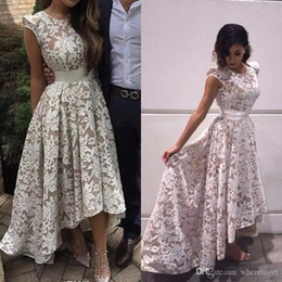 Robe Élégante Pas Cher-2017 New Elegant Cap Sleeves High Low Robes de soirée White Champagne Lining Lace Appliques Formal Party Prom Gowns Custom Made