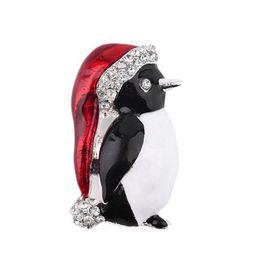 $enCountryForm.capitalKeyWord UK - White Red Penguin Wintertime Christmas Crystal Xmas Brooch Pin