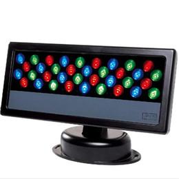 Großhandel 36 * 3W LED RGB Flutlicht LED Washlight Wasserdicht DMX 512 Bühnenlicht LED Flutlicht Wall Washer Lampe Hintergrund Lampe Flutlicht