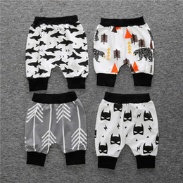 black tights for girls Canada - summer baby haren pants girls boys infant baby Capris print pattern Capris pants for kids children new fashion clothes