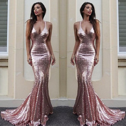 Barato V V Pescoço Vestido De Sereia-Sparkling Sequined Deep V Neck Prom Dresses Long Rose Gold Mermaid Evening Dress Plain Sexy Low Backless vestido de dama de honra Long Cheap