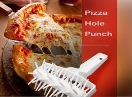 plastic round cutter NZ - Pizza Puncher Pin Plastic Roller Wheel Large Round Pin Pin-wheeled Bakeware Baking Knife Pizza Cutter Pizza Hole Punch