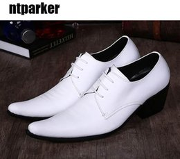 korean male shoes NZ - Fashion Korean man's shoes pointed Height increased British male hairdresser shoes man's leather shoes wedding White