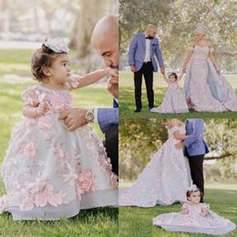teen girls dresses 2019 - 3D Flpral Appliques Flower Girl Gowns Vintage Beaded Girls Pageant Dresses Sweety Ball Gown Dress For Teens discount tee