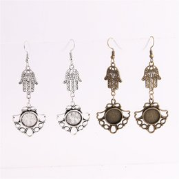wholesale hamsa earrings Canada - SWEET BELL 12pcs lot Metal Alloy Zinc Hamsa Hand Charm Fit round 12.5mm Cabochon Base Pendant Drop Earing Jewelry Making C0868
