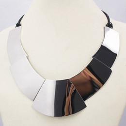 $enCountryForm.capitalKeyWord Canada - New Silver Color Collar Necklaces Pendants Fashion Statement Metal Choker Necklace For Women Fine Jewelry Collar Choker