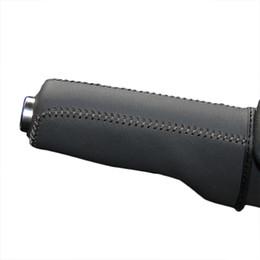Cubiertas del freno de mano del cuero genuino para la decoración de Audi TT 2008 ~ 2013 que labra la cubierta de la palanca del freno de mano cosida a mano en venta