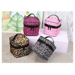 Wholesale Pink Letter Makeup Bag Pink Cosmetic Bag Storage Women Travel Make Up Bag Double Zipper Cosmetic Box Toiletry Handbag