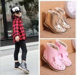 Big Flower Baby Shoes Canada - 2017 New Kids Shoes Winter Children Girls Fashion Rivets Flowers Warm Boots 3 Colors Baby Sweet Princess Big Bowknot Shoes Soft Dress Q0904