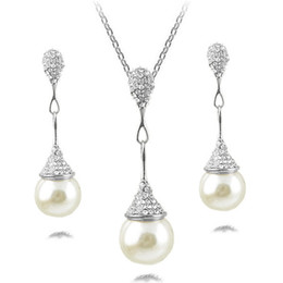 indian gold pearl necklace sets Canada - Fine Accessories Jewelry sets Pearls Rhinestones Bridal Wedding Chokers Chains Necklaces Pendant Charm Water Drop Dangle Earrings For Women