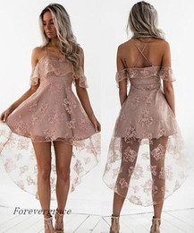 Barato Vestidos De Renda Rosa Pálido-2017 Cute Pale Pink Short Homecoming Vestido Vintage High Low Lace Juniors Sweet 15 Graduation Cocktail Party Dress Plus Size Custom Made