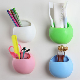 Venta al por mayor de Al por mayor- 2016 Organizador caliente Baño Titular de cepillo de dientes Copa Montaje en pared Lechón Dispensador de pasta de dientes Dispensador de cepillo de dientes Gancho de succión Ganchos Tazas W2