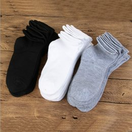 $enCountryForm.capitalKeyWord Canada - 100Pairs Solid Cotton White Black Gray Men Socks Invisible Mens Socks Long Socks For Men Summer Autumn Winter Style