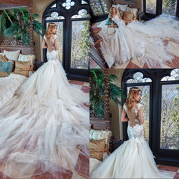 Barato Sereia Designer Vestidos-Vestido De Noiva Gorgeous Designer Mermaid Wedding Dresses 2017 Sexy Backless Veja através de Apliqued Lace Cathedral Train Wedding Vestidos