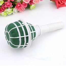 2017 New Foam Bouquet Holder Accessory Tower Vase Handle Bridal Floral Wedding Flower With Mud Decoration Inexpensive Bouquets Holders