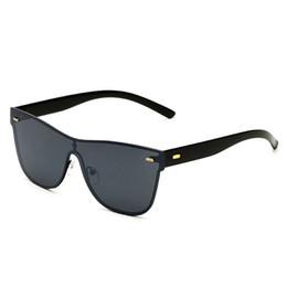 Discount new rice - New sunglasses personalized rice nail sunglasses Europe and the United States style trend of sport spectacles Conjoined