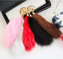 Round Hair Holder Canada - Export fox's tail hair ball pendant fur real hair hanging bag ornaments accessories wholesale Car Keychain