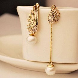$enCountryForm.capitalKeyWord Australia - Wholsale New Arrival Hot Women's Angel Wings Rhinestones Faux Pearl Dangle Asymmetric statement Earrings for women