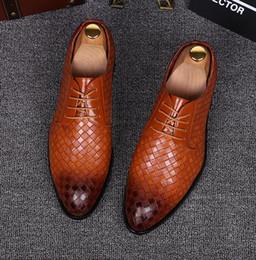 Men Alligators Shoes NZ - Newest Men wedding shoes designer alligator formal dress flat oxfords Britain leather shoes for men SIZE:37-44 GX91