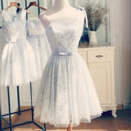 $enCountryForm.capitalKeyWord NZ - Silver Gray Lace Bridesmaid Dresses One Shoulder Lace-up Zipper Back Knee Length girls Party Dresses Real Pictures Cheap