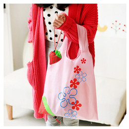 $enCountryForm.capitalKeyWord Canada - Strawberry bag folding shopping bag Creative environmental polyester strawberry bag