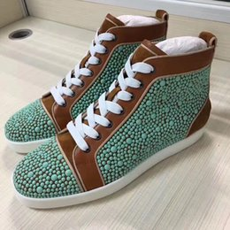 Robe Pvc Unisexe Pas Cher-Haute qualité Chaussures Baskets Bas Bottom Femmes Hommes Outdoor Trainer Beads Studs Unisex Luxe Marque Spikes Casual Chaussures, Party Dress Wedding