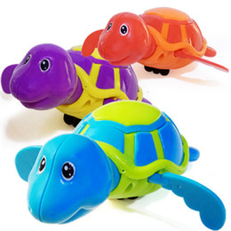 Plastic Pools for kids online shopping - Little Turtle Bath Toys Novelty Cute Wind Up Water Diver Plastic Exercise Grip Ability Pool Toy For Kids dh B