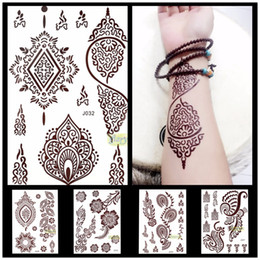 Encre Imperméable En Gros Pas Cher-Vente en gros - 1PC Flash Metallic Waterproof Tattoo Women Brown Ink Mehndi Henna Leg Main Feet Tan Henna Fleur Temporaire Tattoo Paster Striker