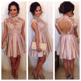 Barato Vestidos Curtos Elegantes Novos-2018 New Elegant High Neck Pink Short Cocktail Dresses Lace Appliques Cheap Mini Homecoming Dresses Custom Made