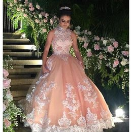 Barato Penteado Vestido De Baile Elegante-Elegant Peach Ball Gown Prom Dresses 2017 High Neck Sheer Lace Applique Beaded Pavimento Comprimento Mulheres Party Dress Custom Made Sexy Evening Gowns