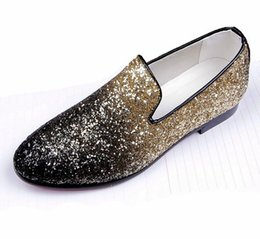 Barato Vestidos De Noite Britânicos-2017 New Luxury British Men glitter sequins Evening Quinceanera flat shoes Vestido Homecoming Prom sapato Masculino DH34