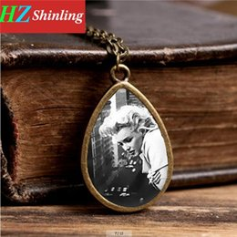 $enCountryForm.capitalKeyWord NZ - Marilyn Monroe pendant necklace silver plated art photo Marilyn Monroe jewelry glass dome movie star necklace women men jewelry TD-0026