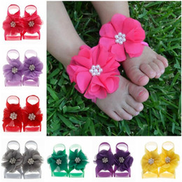 $enCountryForm.capitalKeyWord UK - Handmade Infant Baby Pearl Chiffon Flower Shoes Children Kids Toddler First Walker Shoes Cover Barefoot Foot Flower Photography props