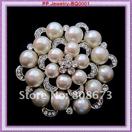 sparkling brooch 2019 - Wholesale- Very Sparkling Crystal Silver Tone Big Flower Wedding Party Women Jewelry Brooch Pretty Imitation Pearl Buckl