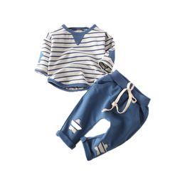 $enCountryForm.capitalKeyWord NZ - Preppy Style Striped Baby Boys Clothes Spring Autumn T-Shirt Pants Baby Boy Clothing Set Free Shippment