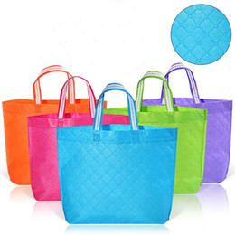 Folding rolling shopping bag online shopping - Non Woven Fabric Shopping Bag Double Color Eco Friend Portable Bags Plaid Embossing Pattern Pouches Colorful gs B R