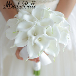 Barato Lírio, Flor, Mão, Buquet-Vintage 2018 White Calla Lily Bouquet Casamento Flores Cristal mão Bridal Flowers Artificial Wedding Bouquets Decor