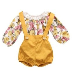 Barato 2t Girl Suspender-Floral Newborn Baby Girls Sets Autumn Romper Toddler Princess Sets Long Sleeve Romper Suspenders Calças curtas 2pcs conjuntos C2052