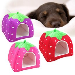 Cat Baskets Beds Canada - 2017 New Practical Foldable Soft Sponge Bed Strawberry Bed Pet Dog Cat Bed House Kennel Doggy Warm Plush Cushion Basket Cat Tent