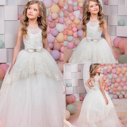 2017 Flower Girl Dresses Lace Applique Beads Hollow Back Lace Up Sash Bow  Tiered Ruffy Child Pageant Dresses Flower Girl Wedding Dresses 99975d452fbd